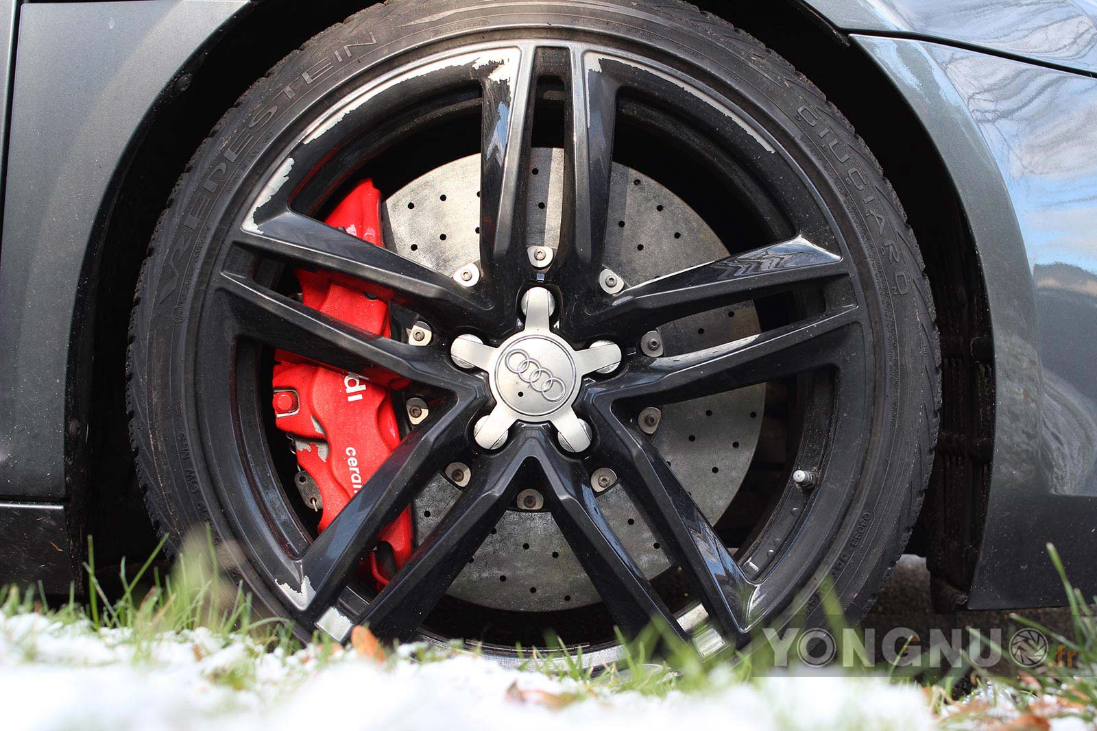 Audi R8 - Yongnuo 35mm f/2