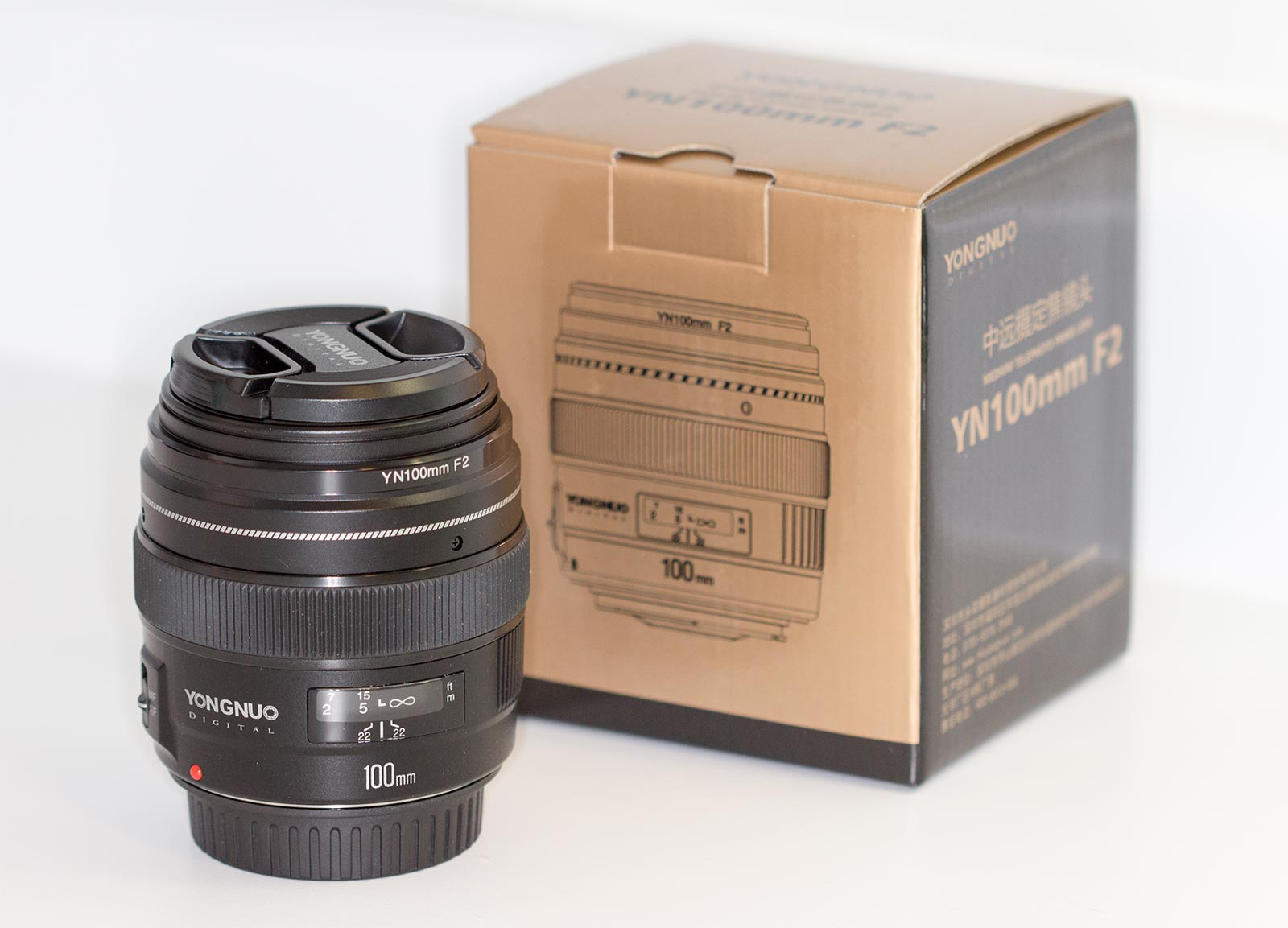 YN100mm f/2 Canon - Unboxing